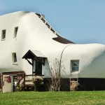 Hellam Shoe House is one of the 8 most unusual houses in the United States