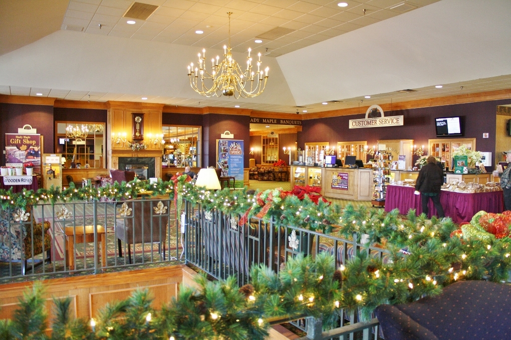 PHOTOS | Shady Maple Gift Shop – East Earl, PA | Visit PA Dutch ...